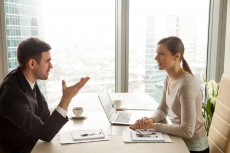 مهارات التواصل في العمل و النجاح الوظيفية